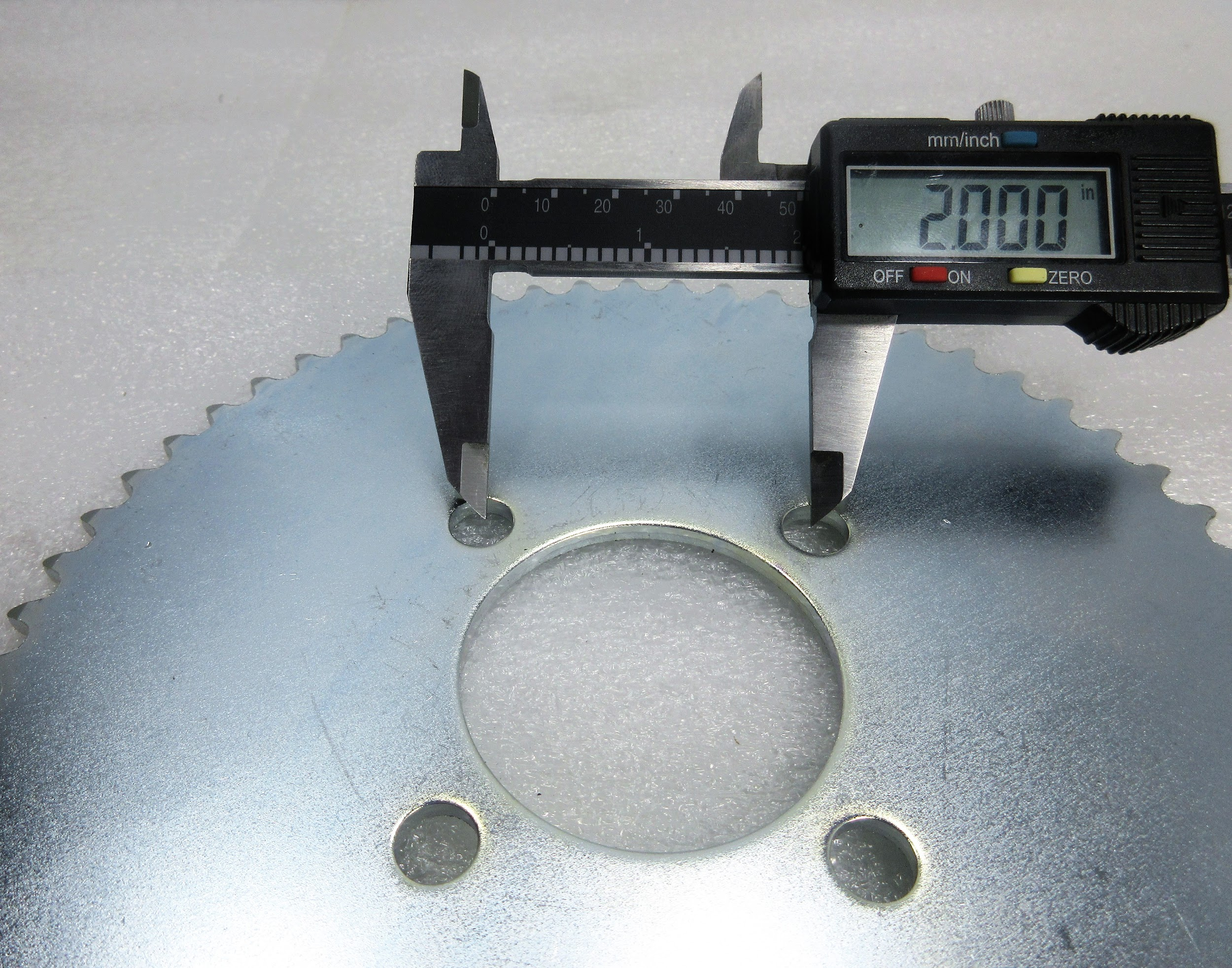 measure-sprocket-mount-distance.jpg